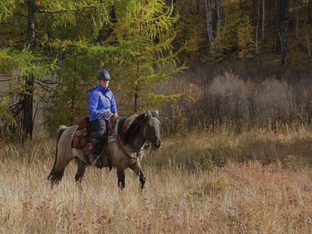 Mongolia horse riding, Mongolia horse trekking, horse riding in Mongolia, horse travel in Mongolia, trekking in Mongolia, wilderness in Mongolia, national parks in Mongolia