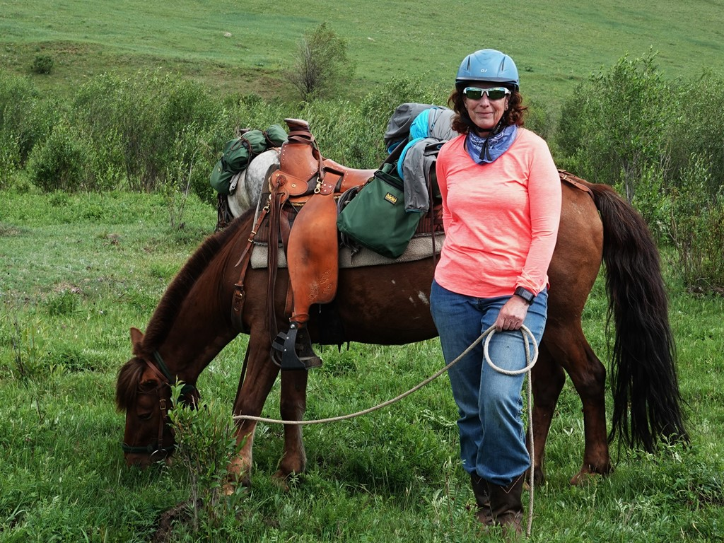 Riding Horsetrails in Mongolia with Stone Horse Expeditons