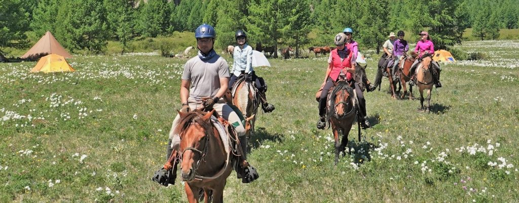 expeditions on horseback in Mongolia. Stone Horse Expeditions